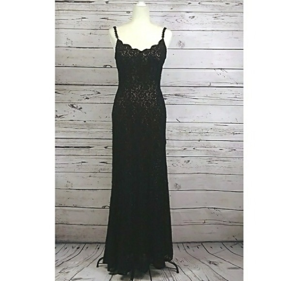 Sue Wong Dresses & Skirts - Sue Wong black beaded lace gown dress